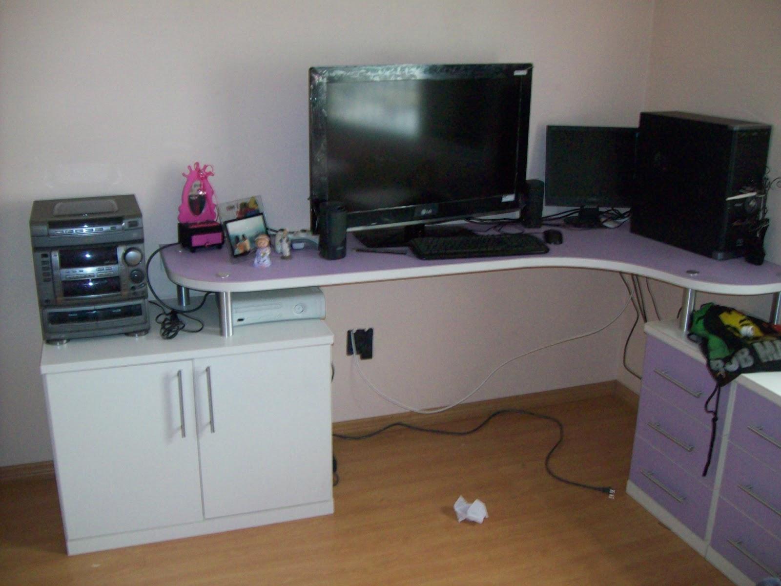 : Armário em L com cama embutida tendo também bancada para PC #64462D 1600x1200