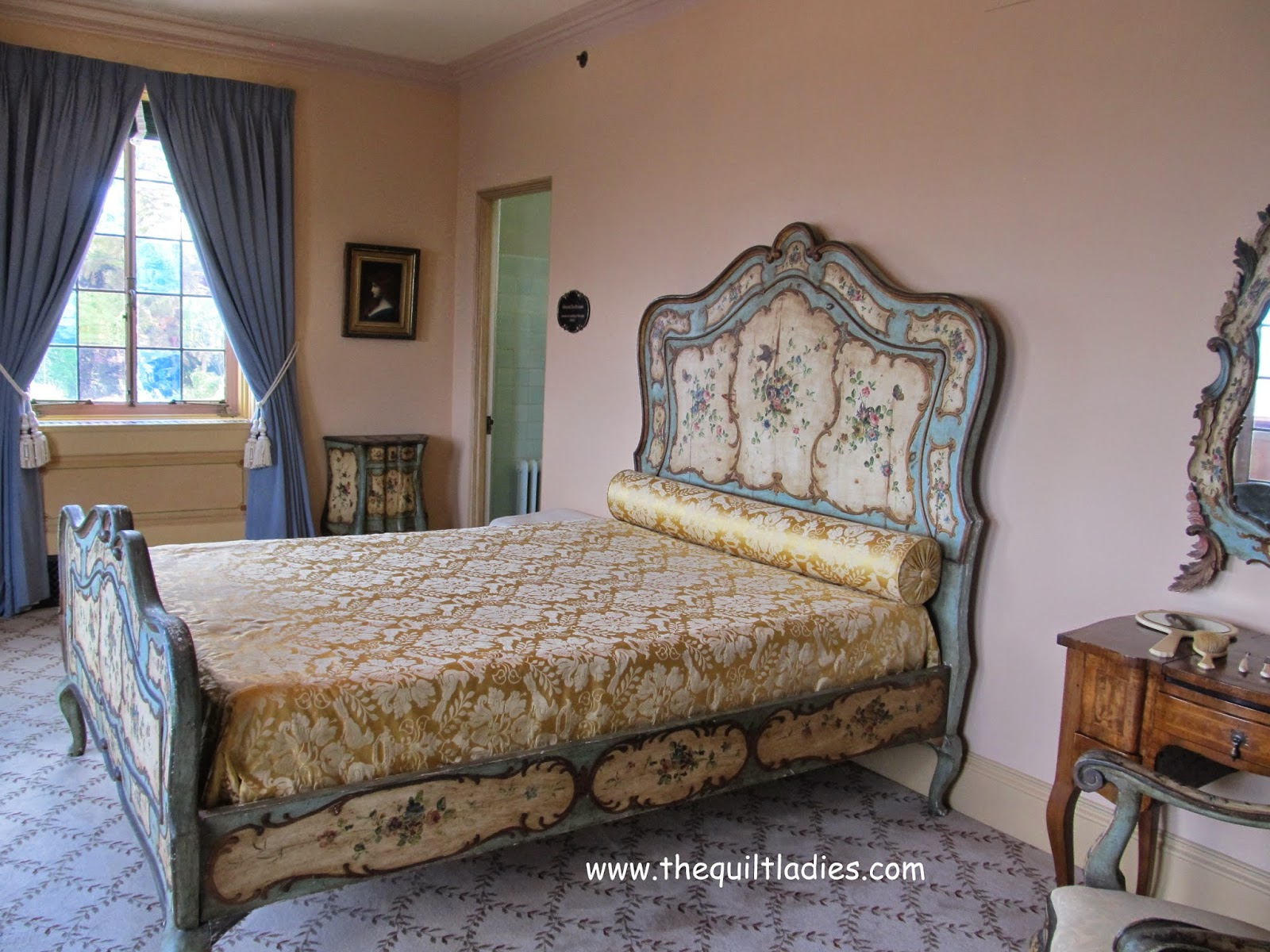Guest room Ringling Mansion