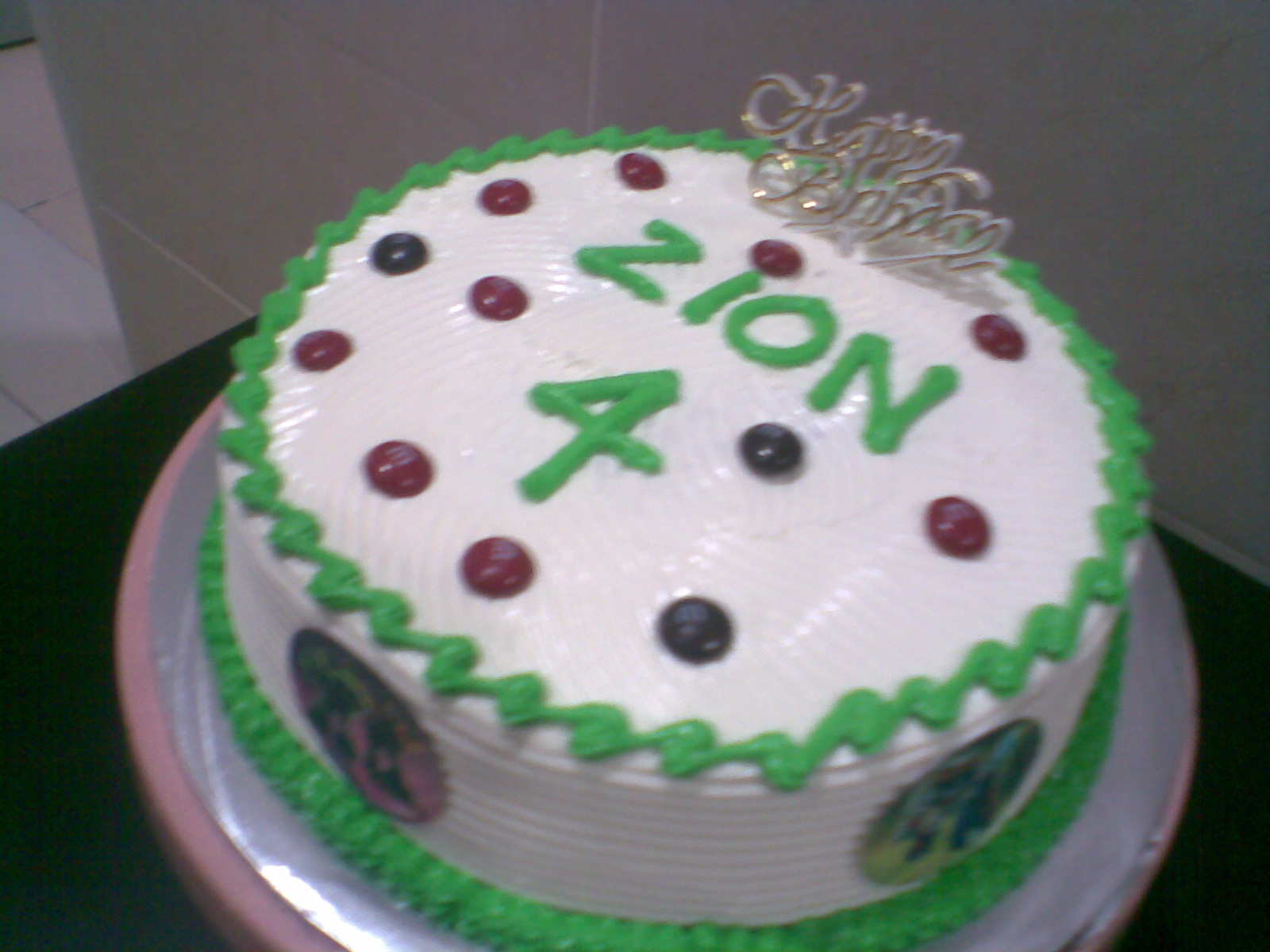royal icing birthday cakes