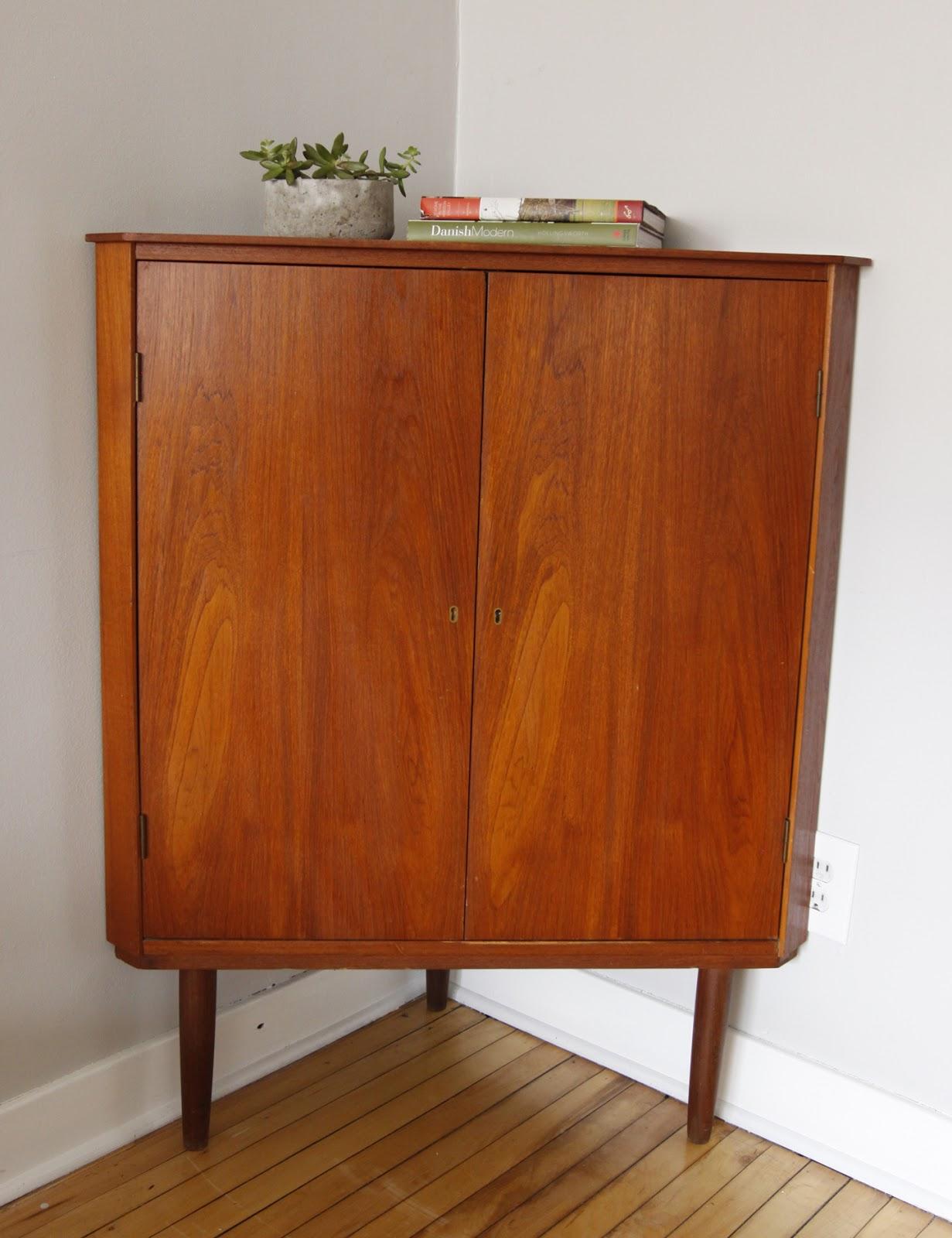 Str8mcm danish modern corner cabinet for Corner cabinet