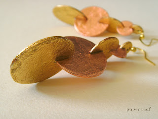 orecchini di carta paper earrings