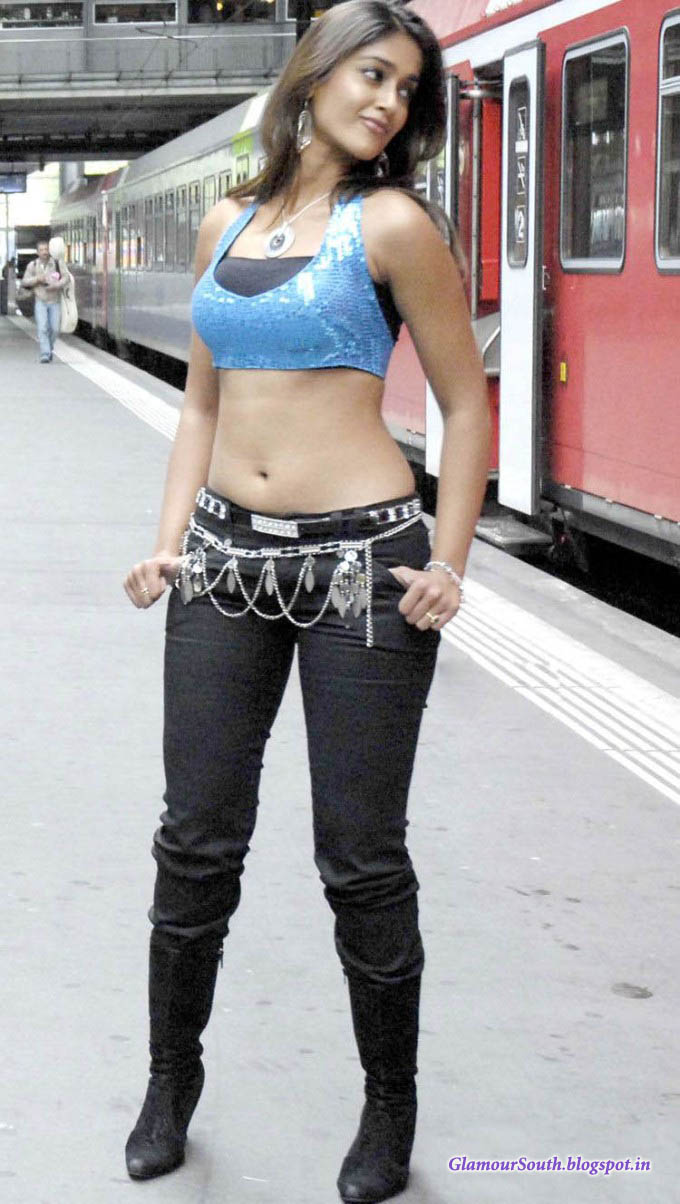 Glamoursouth blogspot in ileana d cruz hot in tight jeans and blue