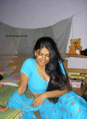 Sexy Actress Gallery: HOUSE WIFE ARPITA (8)