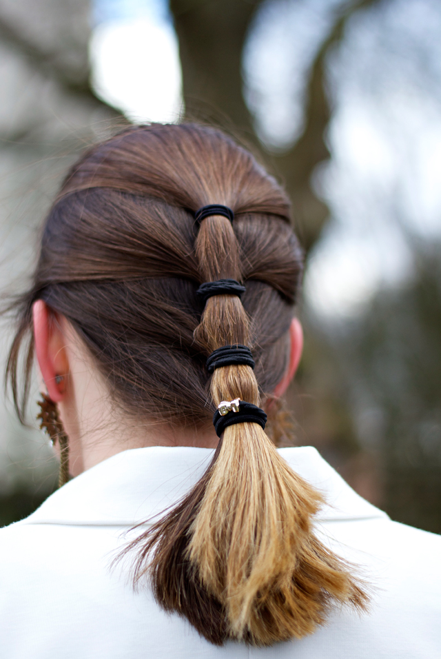 90s multiple hair tie hairdo