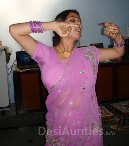 Mallu aunty hot sexy photo