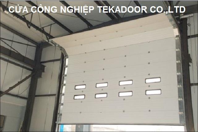 Sectional Overhead Door Cửa trượt trần cách nhiệt