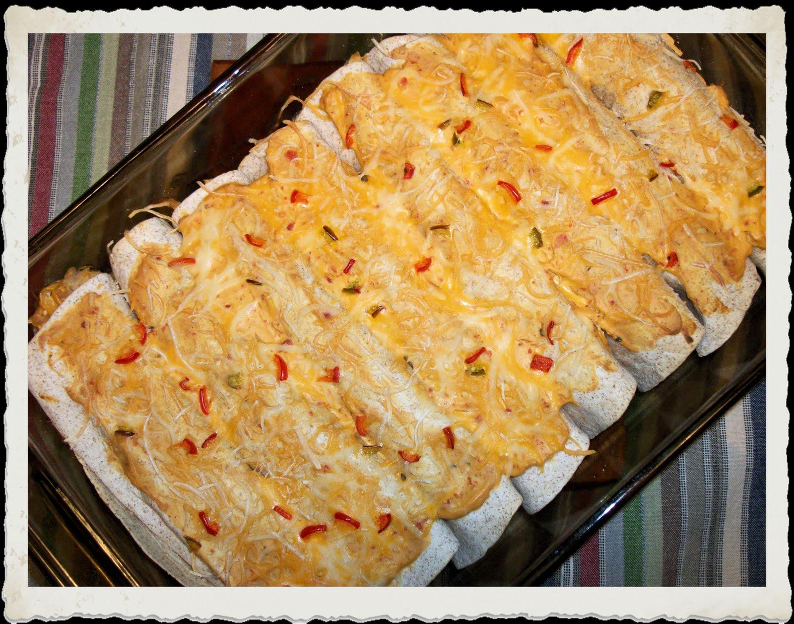 Love Bug Living: Chicken, Veggie and White Bean Enchiladas