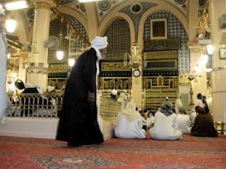 ABDULLAH BIN AL-MUBARAK | Kisah Teladan