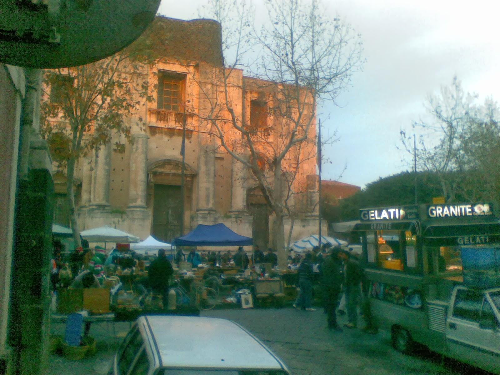 Il corriere di catania il mercatino delle anticaglie for Mercatino delle pulci catania