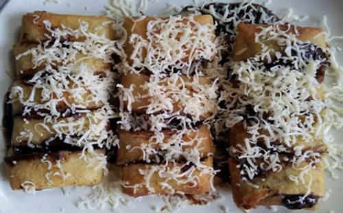 http://wa-emief.blogspot.com/2016/02/resep-membuat-pisang-coklat-meler-keju.html