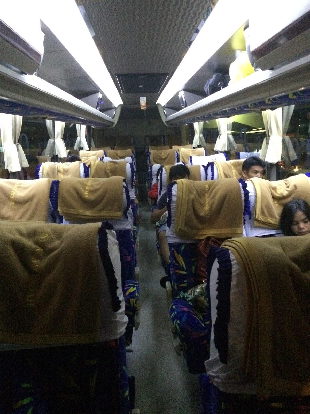 Dalamnya Bus Alam Indah