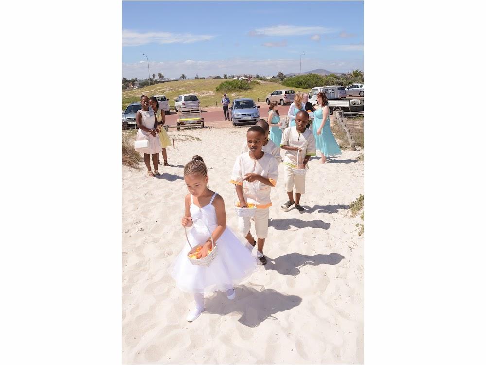 DK Photography LASTBLOG-029 Stefanie & Kut's Wedding on Dolphin Beach, Blouberg  Cape Town Wedding photographer