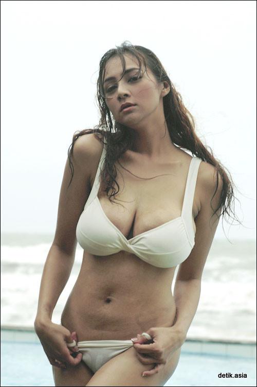 Image Result For Foto Hot Model Bikini Seksi