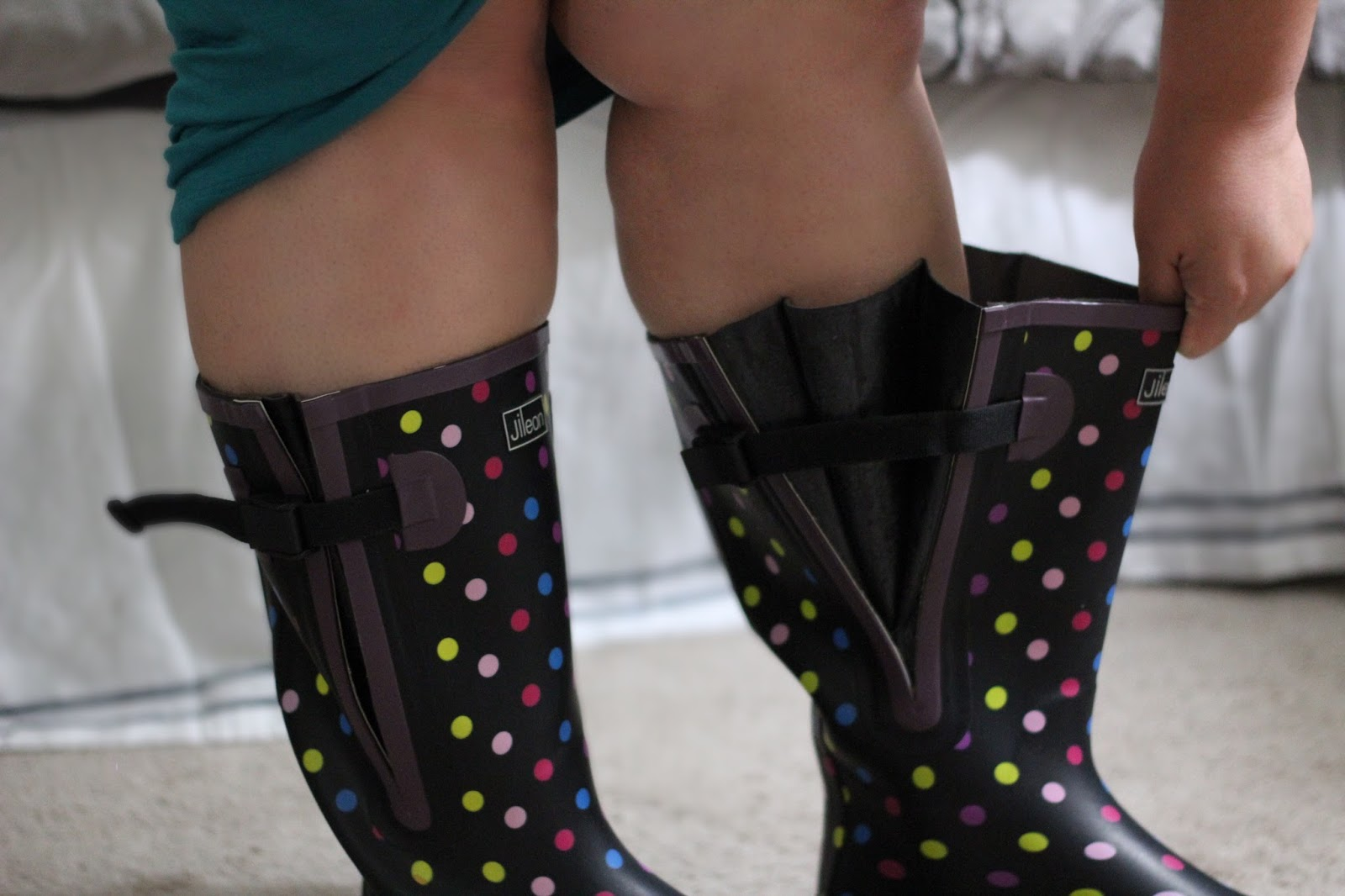 Cute Wide Calf Rainboots Actually Exist - Life and Style of ...