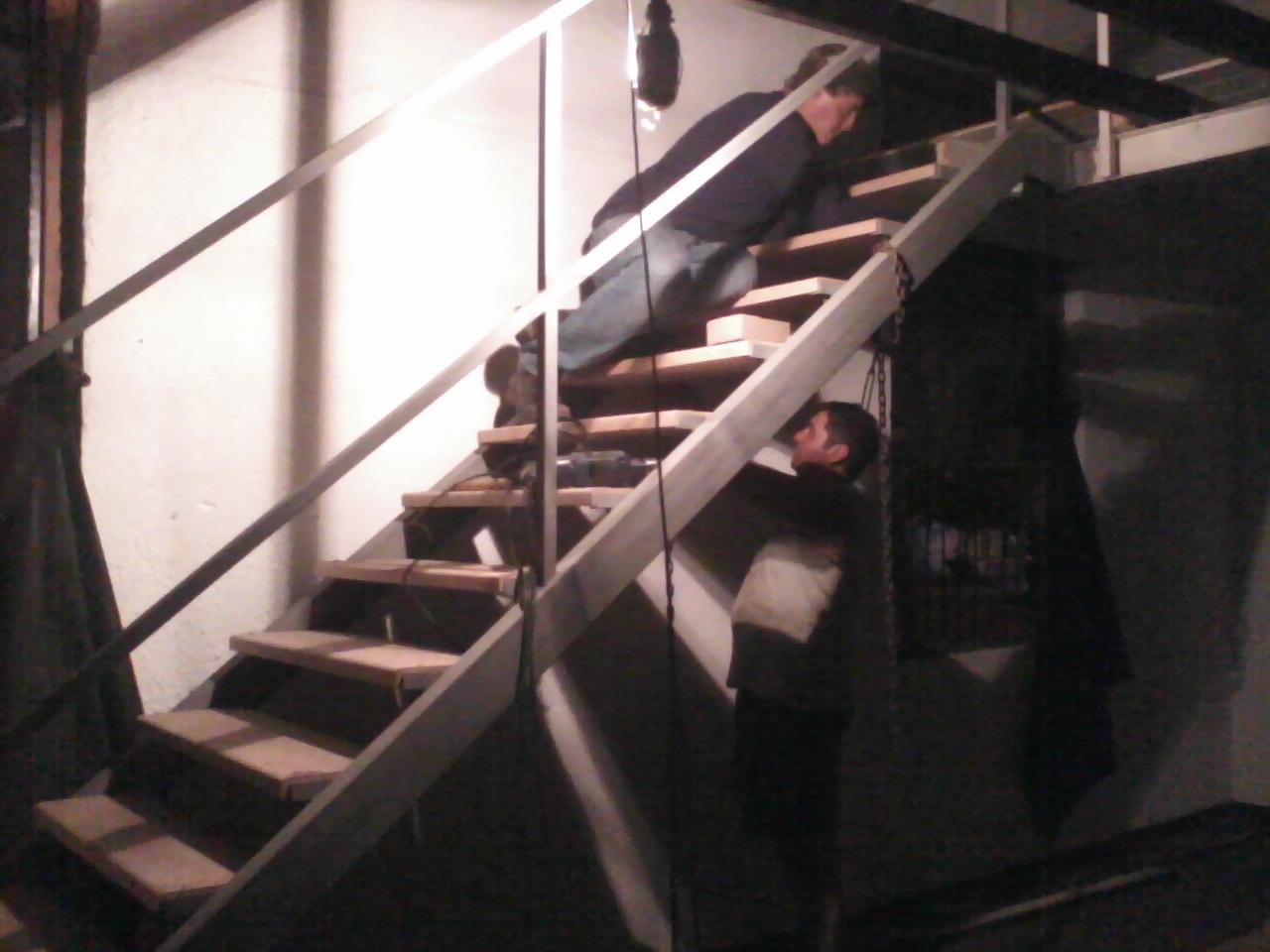 Servicios el angel contruccion de escaleras metalicas for Construccion de escaleras metalicas