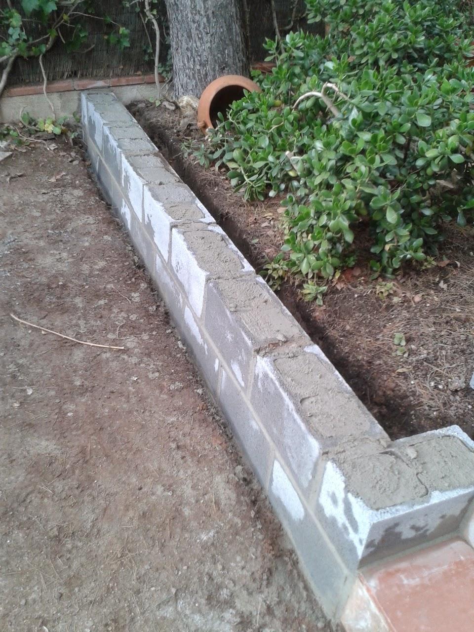 muro de jardn de bloques en rub realizado por with bloques para muros