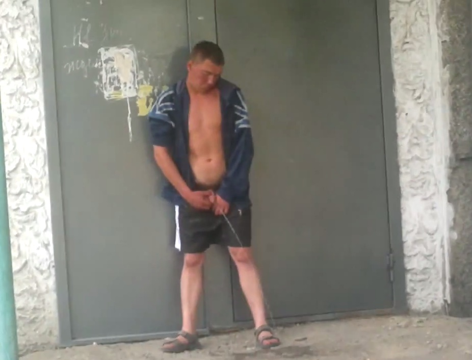 Drunk Guy Pissing In Public Hd