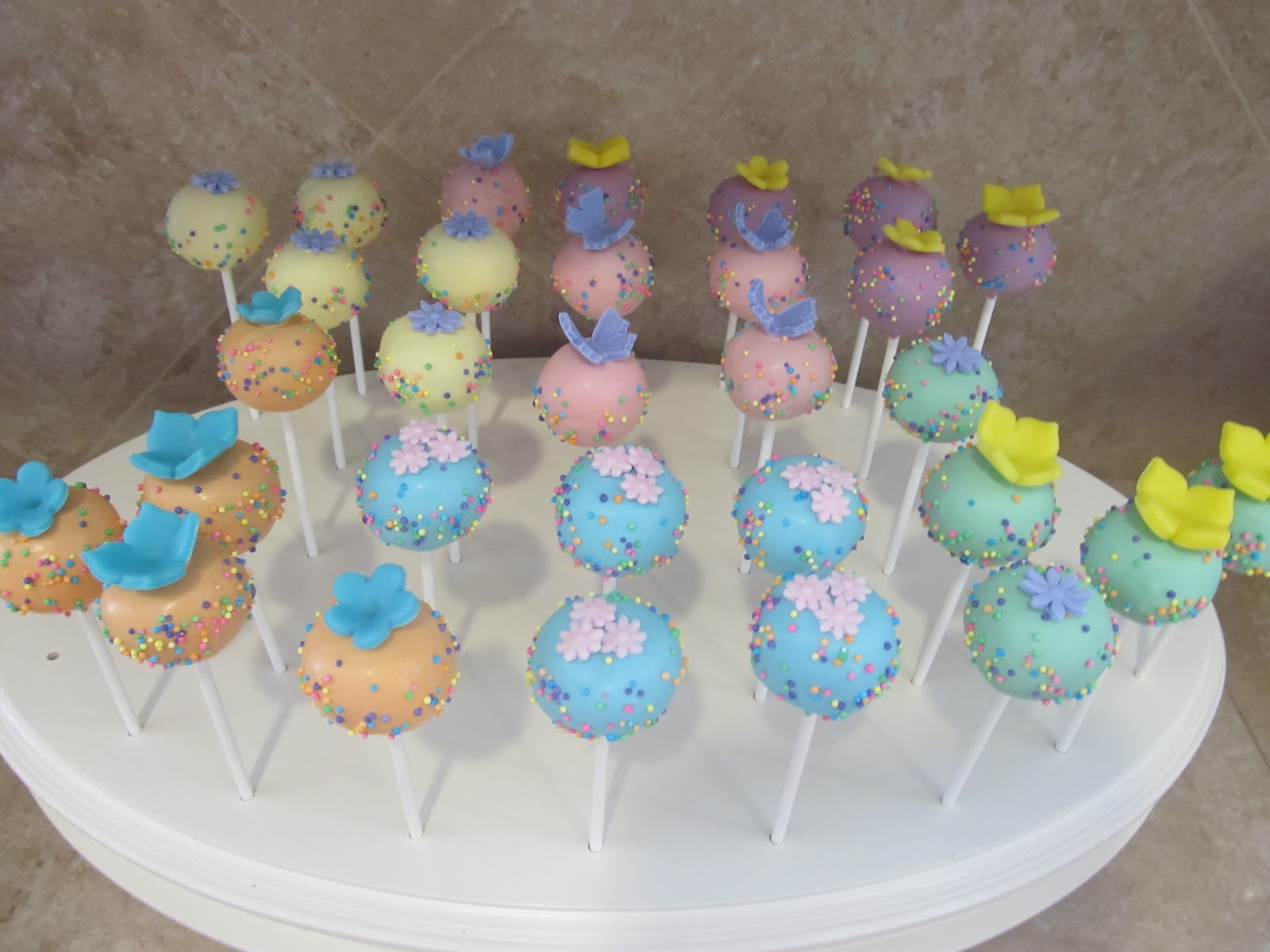 Jessicakes Project Spring Flowers Bouquet Cake Pops 040512