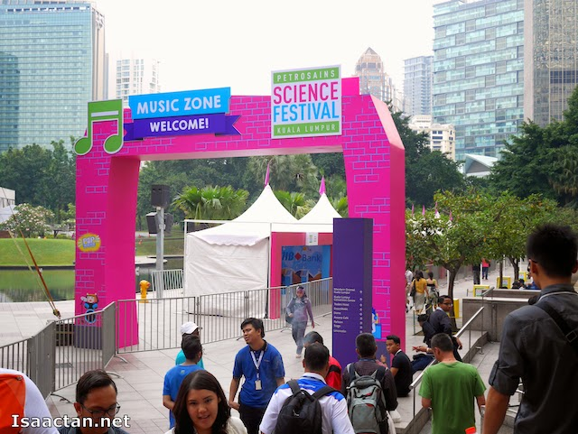 Petrosains Science Festival 2014 will extend to the Esplanade of KLCC park from today, until this Sunday
