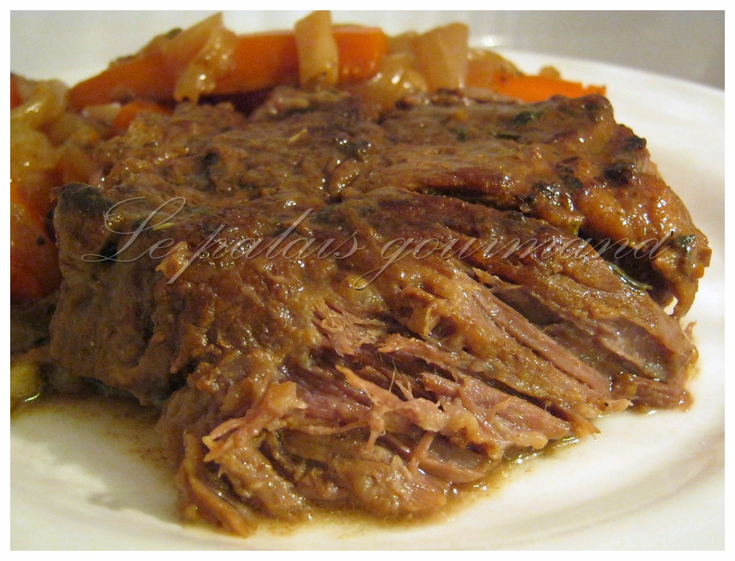 Le palais gourmand r ti de palette de boeuf brais la bi re brune - Comment cuisiner du jarret de boeuf ...