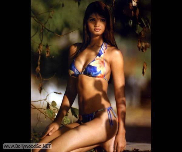 Deepa+Chari+-+BollywoodGo+(8)