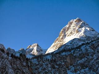 Auch im Winter imposant: die Ehrwalder Sonnenspitze
