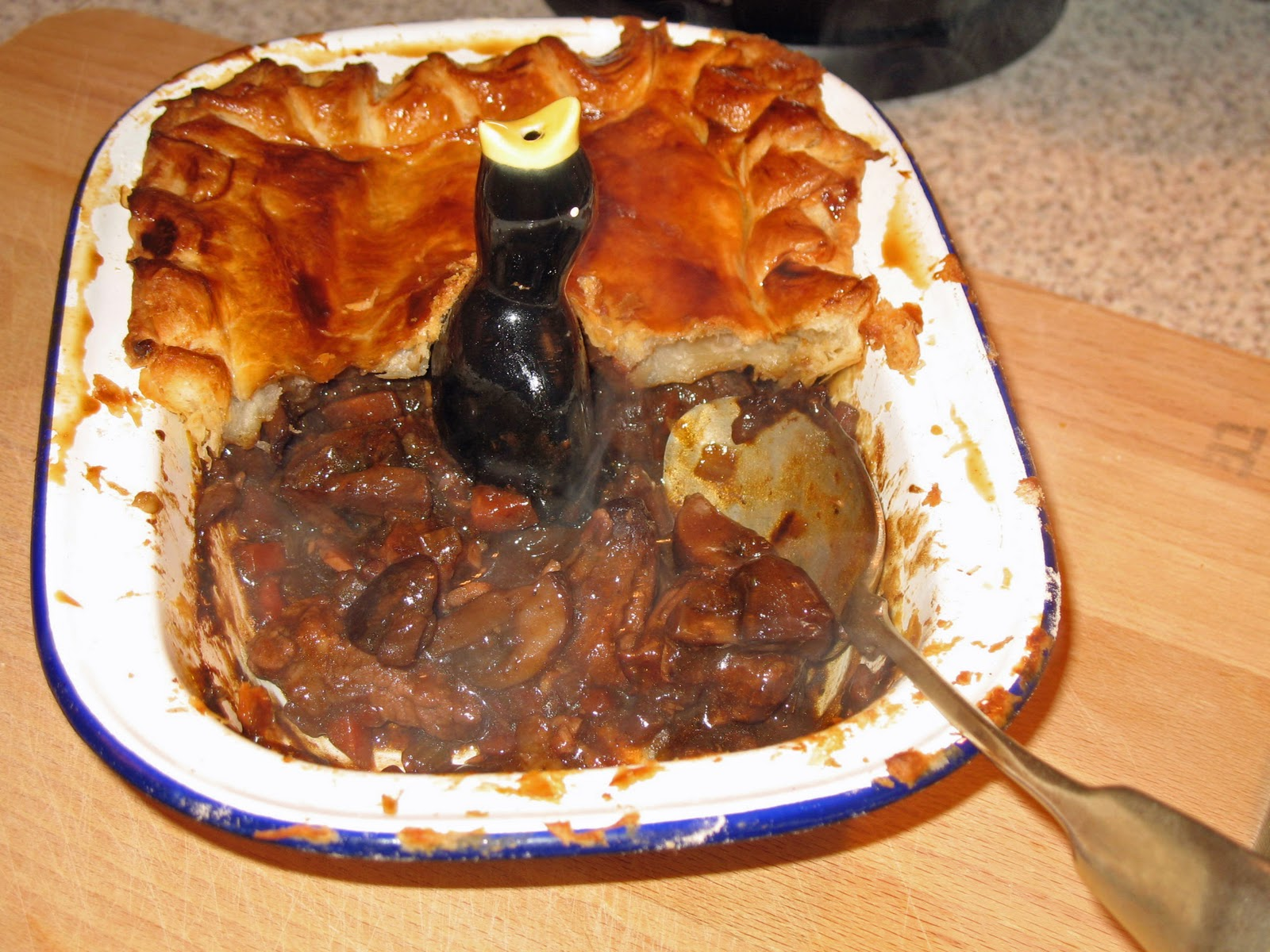 The Happy Housewife: Steak and Guinness Pie