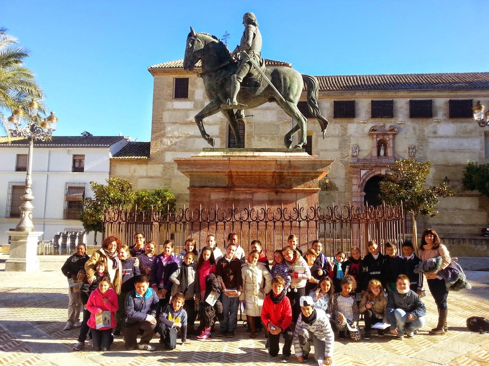 http://eltorcaltercerciclo.blogspot.com.es/2014/12/visita-conjunto-dolmenes-de-la-menga.html