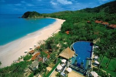 Pantai Surga di Lombok