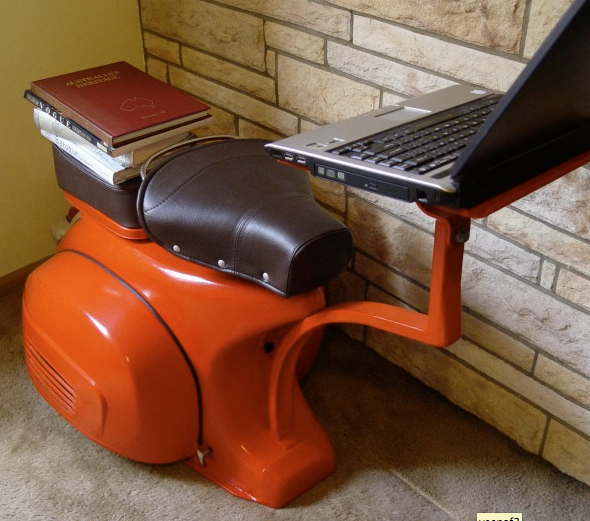 Upcycle us computer station and lounge chair upcycled for Cosas de casa deco