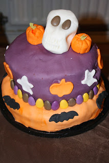 chocolate pumpkin Halloween cake