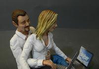 idea regalo moglie statuina realistica coppia statuette personalizzate orme magiche