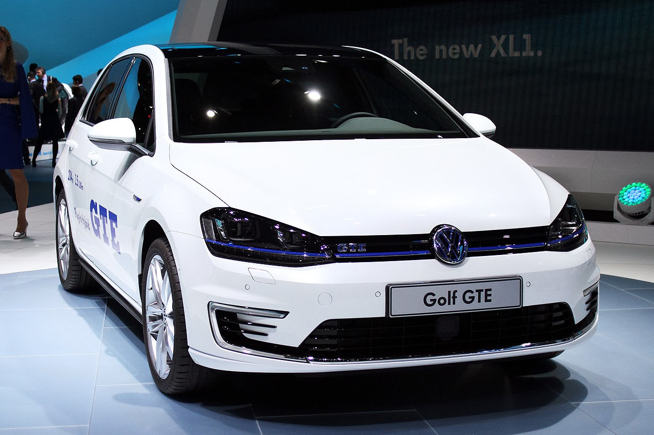 automotiveblogz volkswagen golf gte geneva 2014 photos. Black Bedroom Furniture Sets. Home Design Ideas