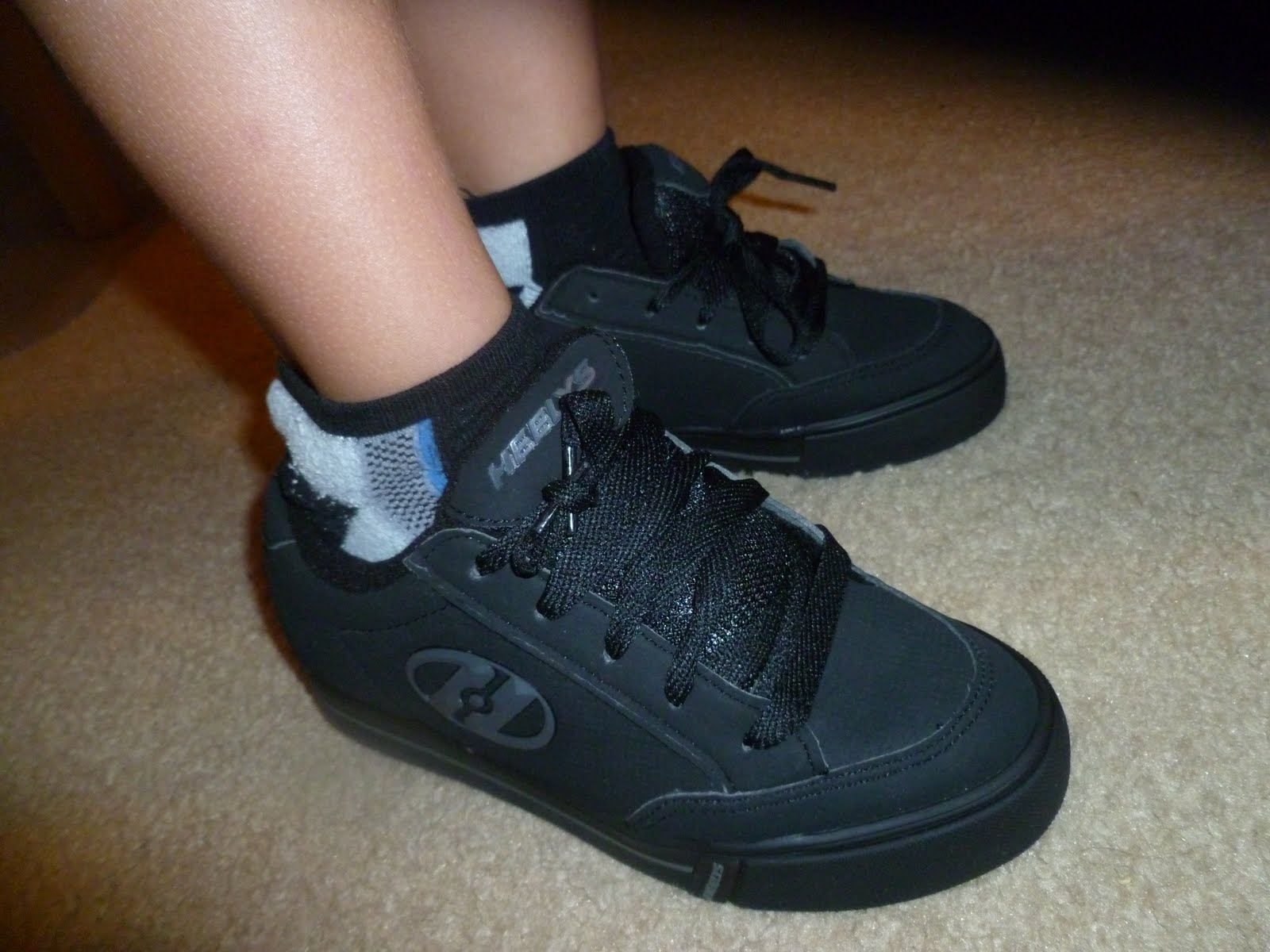 Heely skate shoes reviews - After Watching The How To Instructions We Practiced In The Livingroom On The Carpet Then Went To The Next Step Outside With Safety Gear Of Coarse