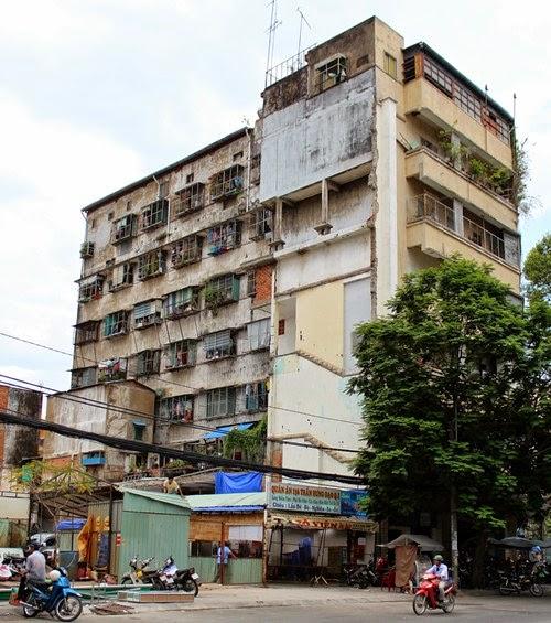 những công trình làm xâu bộ mặt của thành phố