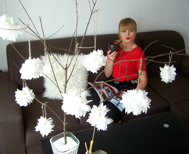 http://kasia-skalska.blogspot.com/2013/11/my-home-biae-salonowe-drzewko-ozdobne_17.html