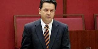 Polisi Australia Mata-matai Anggota Parlemennya Sendiri