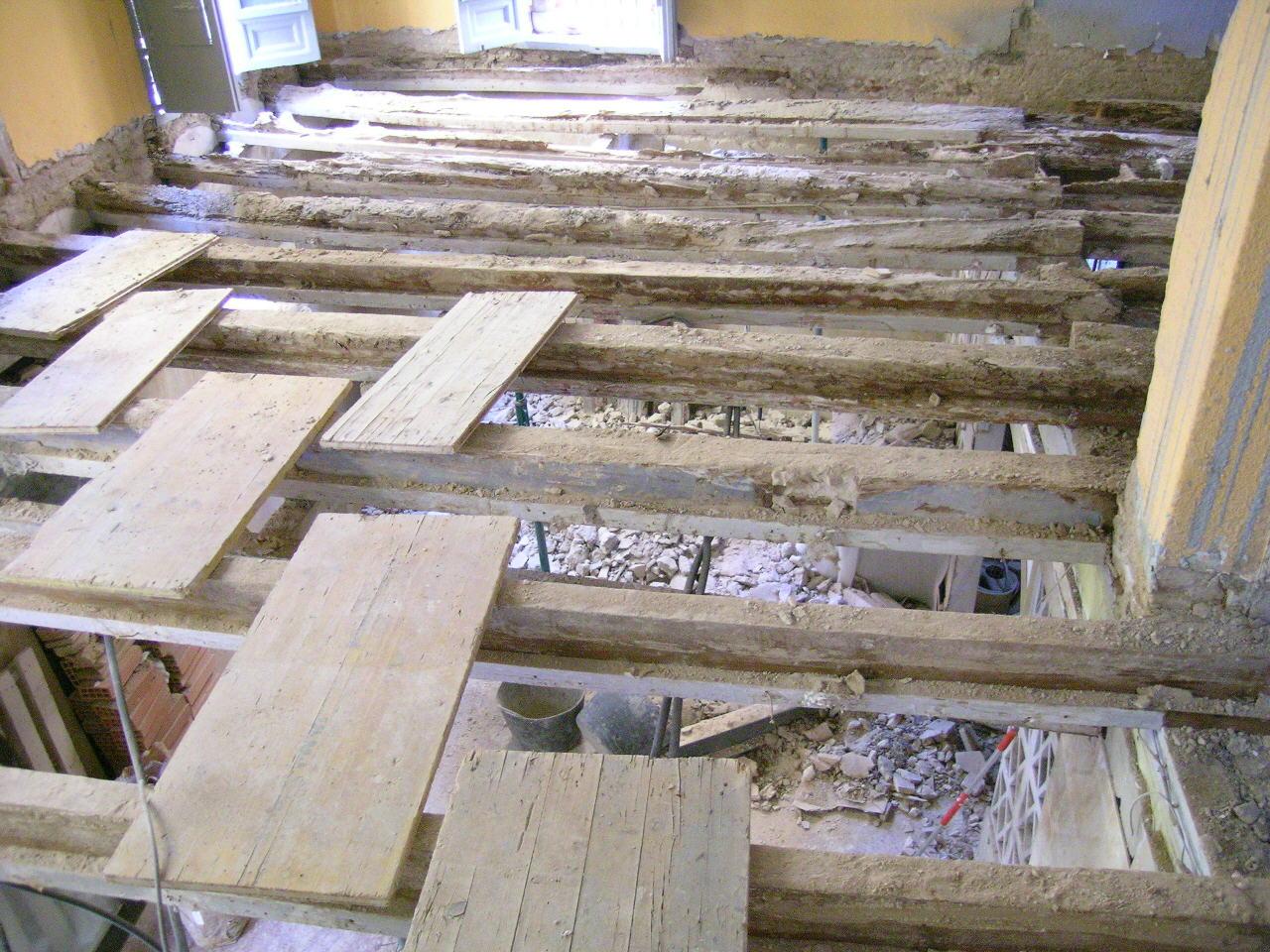 Bosco hurtado arquitecto refuerzo estructural for Crear una cubierta de madera