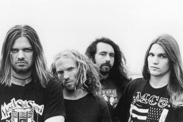 """CORROSION OF CONFORMITY: Ακούστε την ακυκλοφόρητη διασκευή τους στο """"On The Hunt"""" των Lynyrd Skynyrd"""
