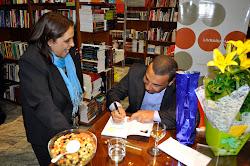 tarde de autografo do escritor José Ivanildo F dos Santos