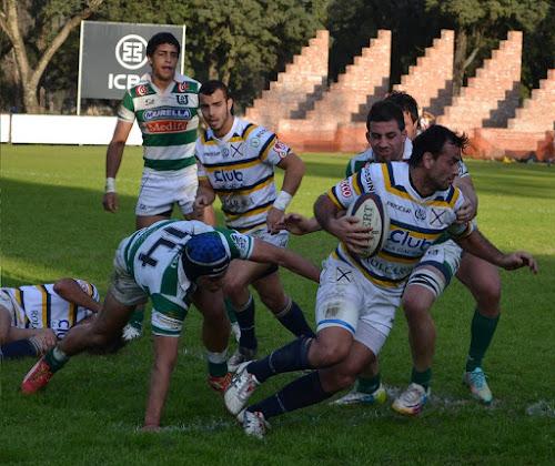 El capitán Nicolás Cipulli apoyó el tercer try de Lawn Tennis ante Universitario de Salta.