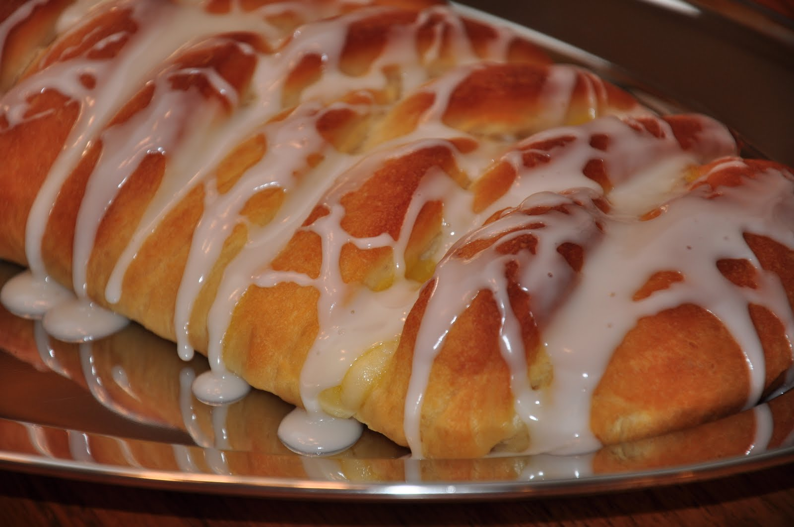 The Changeable Table: Braided Lemon Bread