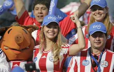 Pesona Kecantikan Gadis Paraguay di Copa America 2011