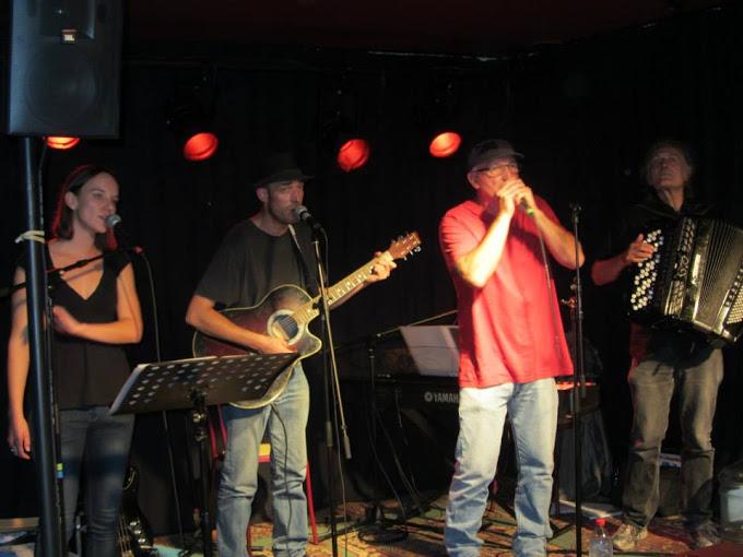 """L'Audomarois, bar-tabac bistrot culturel de proximité - 3 octobre 2014 - concert : collectif """"Dos Argenté"""", chanson française ; à St-Omer-de-Blain 44"""