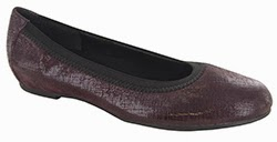 Munro Ashlie Wine Crosshatch Suede