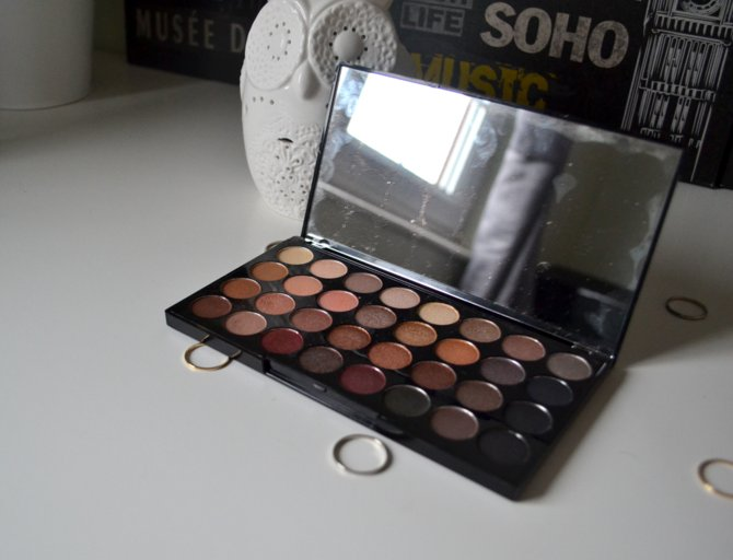 Makeup Revolution Ultra Eyeshadow Palette in Flawless