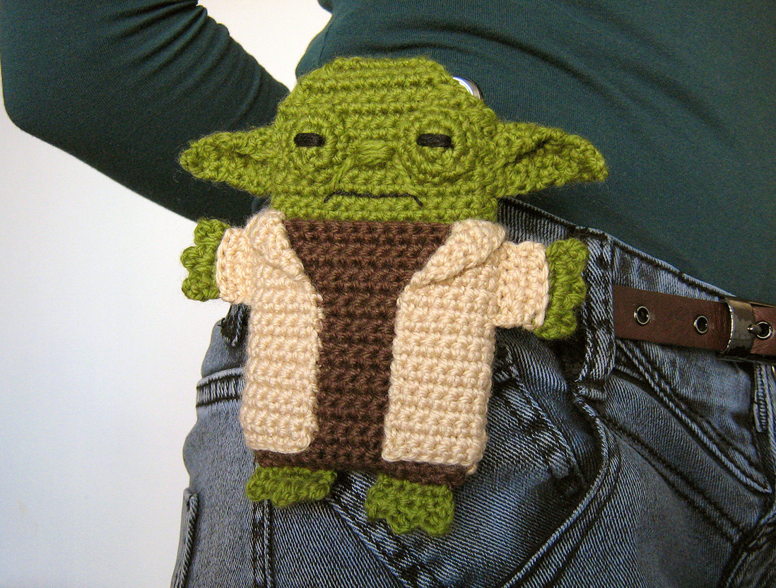 Anna Vozikas Blog: Star Wars - Yoda - iPhone 5 case (cozy ...