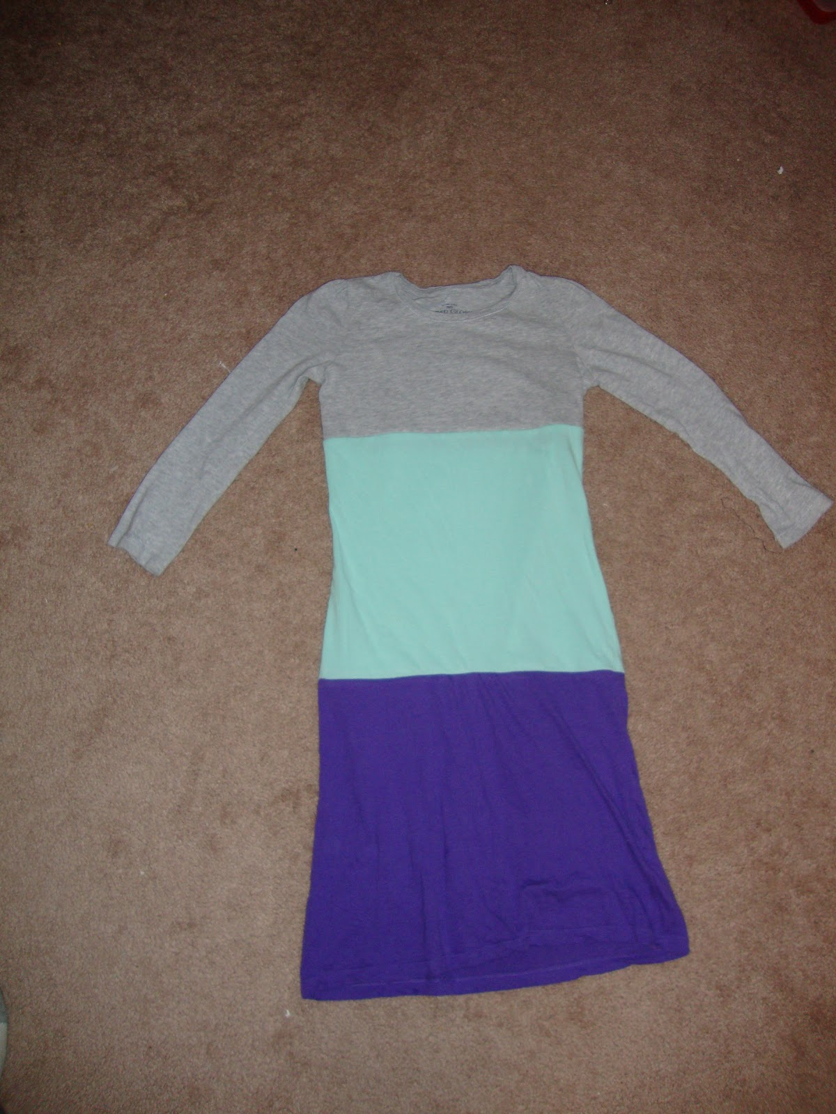 Easy peasy lemon squeezy upcycling old t shirts for Make a dress shirt