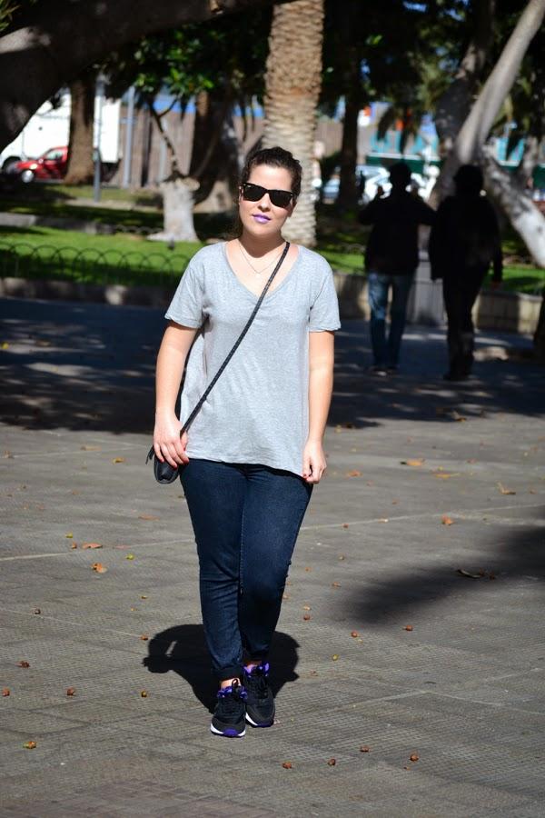 look_como_combinar_nike_airmax_chica_labios_violeta_lolalolailo_01