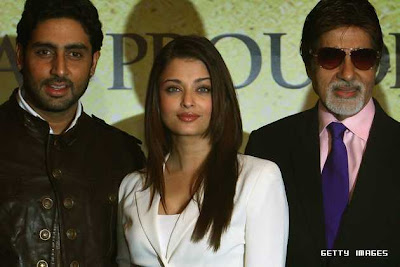 Amitabh Bachchan, Abhishek Bachchan, Aishwarya Rai Bachchan, World Cup, Cricket, Bollywood, Bollywood actor, Bollywood Actors, Bollywood dance, Bollywood Events, Bollywood interview, Bollywood Movie